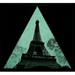 Tablou fosforescent triunghi La picioarele Turnului Eiffel