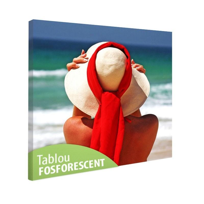 Tablou fosforescent Femeie pe plaja