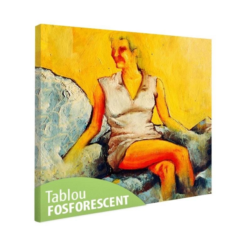 Tablou fosforescent Femeie pe canapea