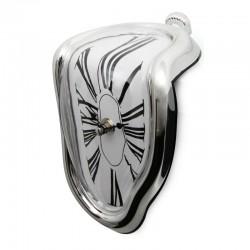 Ceas topit de raft, inspirat dupa capodopera lui Salvador Dali