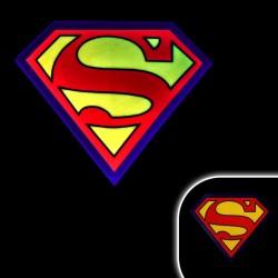 Tricou luminos cu egalizator Superman