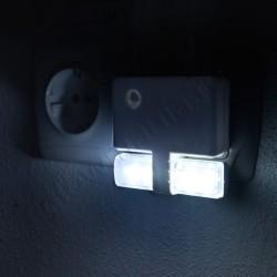 Lumina veghe priza cu senzor de intuneric