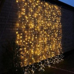 Instalatie luminoasa de tip perdea, 400 beculete, 1x6 m, lumiuna alba