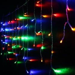Instalatie tip perdea luminoasa, 400 beculete multicolore, 1x6 m