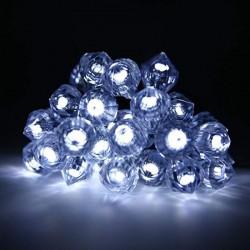 Instalatie luminoasa LED 4W, decoratiuni tip diamante, 5.85 m, IP20, Well