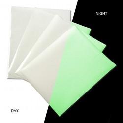 Folie fosforescenta adeviza, format A4, lumineaza verde, efecte glow
