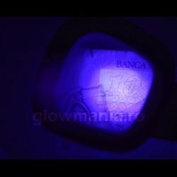 Lupa cu lumina alba si detector valuta