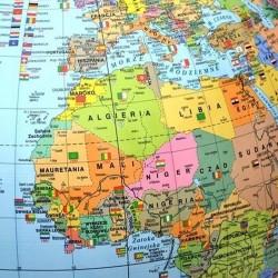 Glob geografic politic 42 cm, iluminat, arc meridian gradat, suport