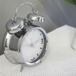 Ceas desteptator, alarma clopotel, afisaj analog cifre arabe si linii, Quartz
