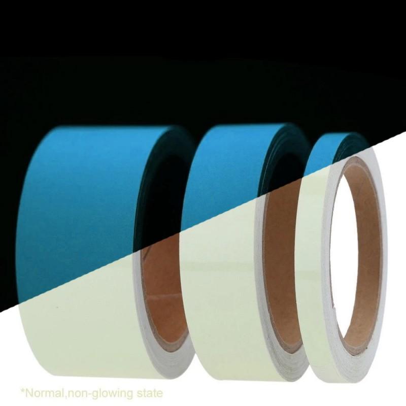 Banda fosforescenta autoadeziva, lumineaza albastru, lungime rola 25m