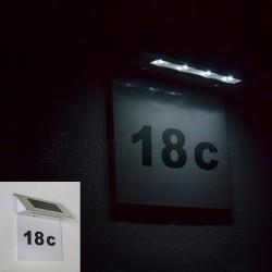 Numar de poarta cu lampa solara LED