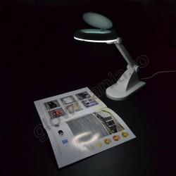 Lampa de masa cu lupa reglabila