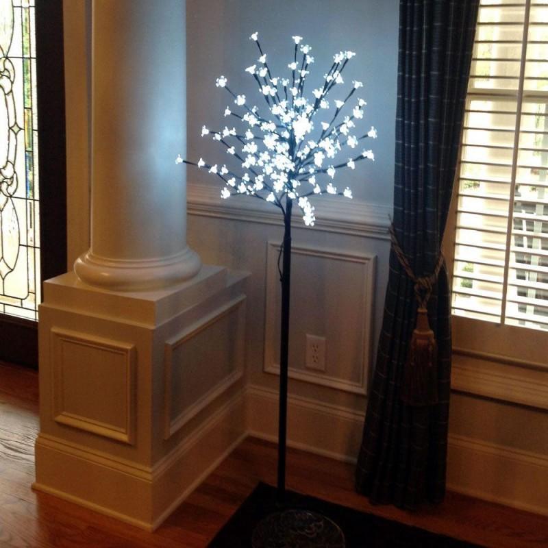 Decoratiune Copac artificial cu LED pentru interior si exterior