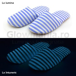 Papuci de casa fosforescenti Zebra