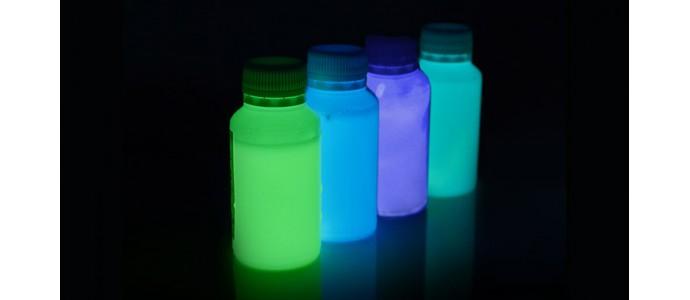 Intrebari si raspunsuri vopsea fosforescenta glow in the dark