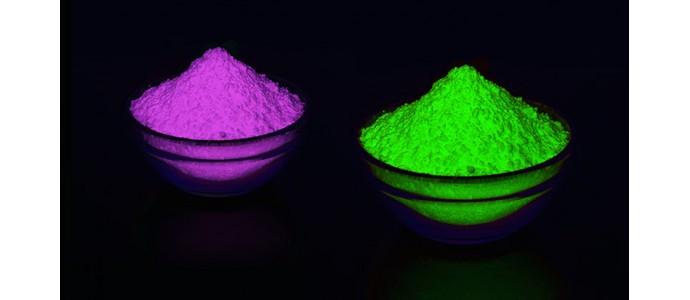 Intrebari si raspunsuri pigment glow in the dark fosforescent
